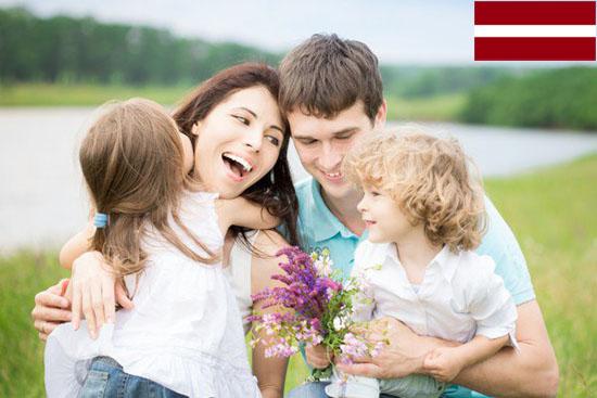 найти биологических родителей и родственников в Латвии